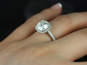 cushion-halo-engagement-ring-settings-4